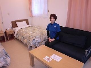画像:ホテルエルファロ佐々木さん.jpg